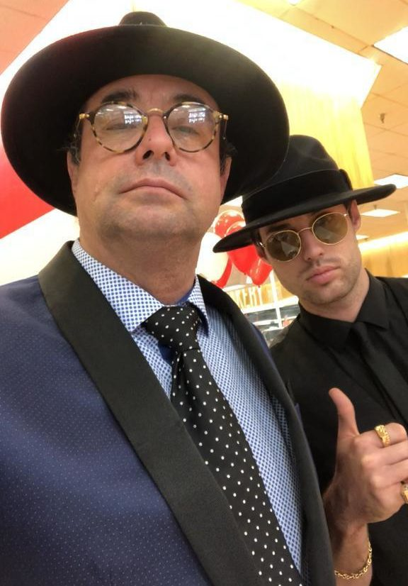 Armando and Antonio Álvarez - Founders of Don Anecio